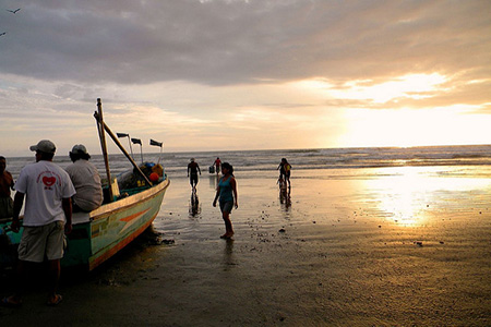 Pacific Coast of Ecuador Mainland - Facts, Best Places to Go