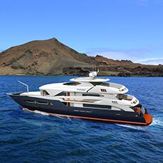 Luxury cruise charter in Galapagos
