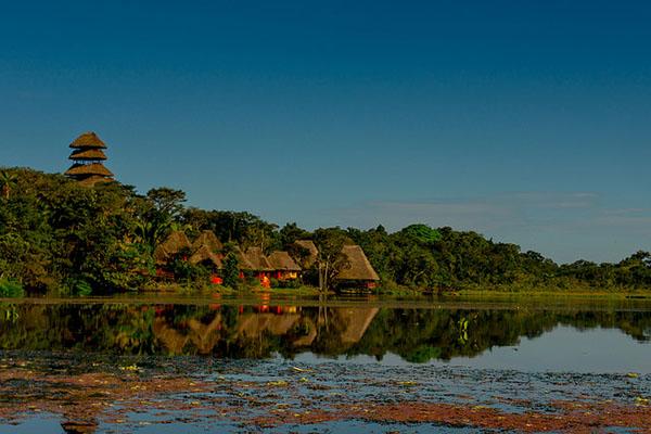 Amazon rainforest lodges and cruises