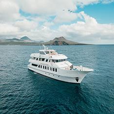 Luxury yachts Galapagos rentals