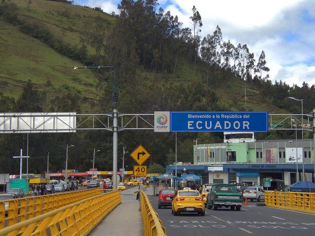 Ecuador Driving Rules