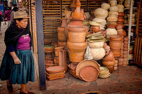 Handcraft shops in Ecuador