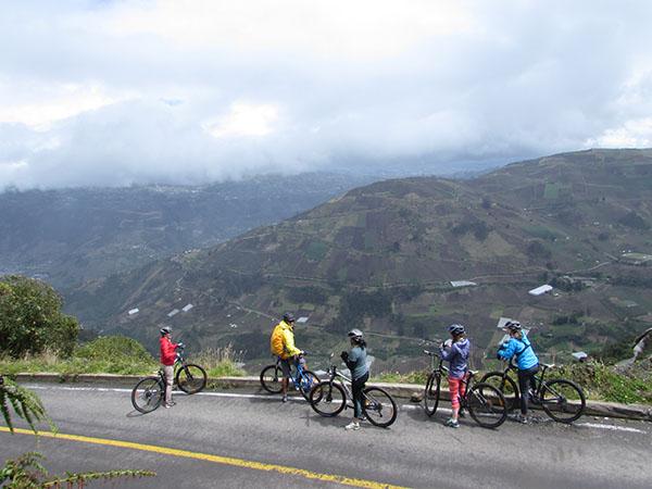 Travel Active Ecuador