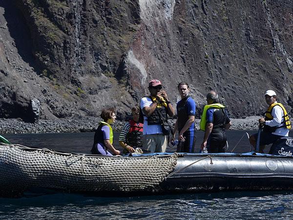 Galapagos active travel